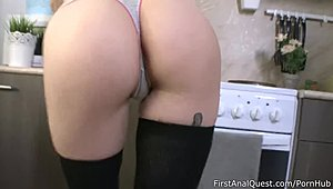 Ginger-haired Kira Roller tries out her 1st bum fuck